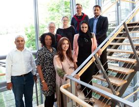 Mohammed Zourob (links) besuchte mit vier Doktorandinnen und Doktoranden am 8. und 9. August das Leibniz-IPHT.Foto: Leibniz-IPHT
